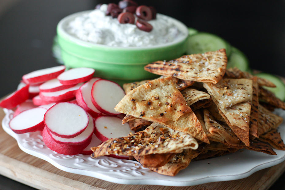 ... Olive and Feta Dip with Lemon Pepper Pita Chips | AggiesKitchen.com